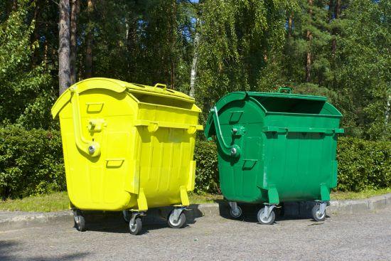 Kontejnery na t��d�n� odpad